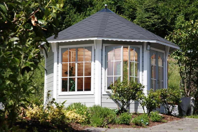 Wolff Finnhaus Holz Gartenpavillon Gartenlaube Capri 3.5 in 48mm - inkl. schwarzen Schindeln + grüne Haube