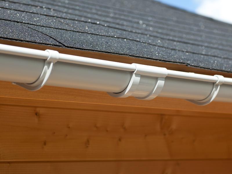 Karibu PVC Dachrinnen Set 1 inkl. Fallrohr und Verbindungsmaterial