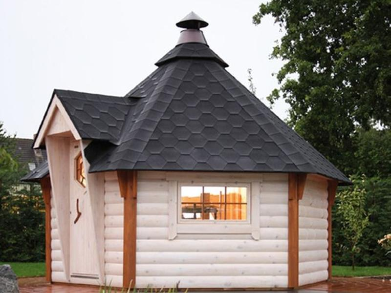 Wolff Finnhaus Grillkota 9 de luxe - inkl. Dachschindeln in rot - 376x325,6 cm
